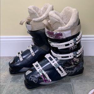 Rossignol Women's Ski Boots. Women's Size 9.5.